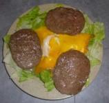 Salade avec steaks hachés