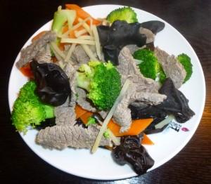 Bœuf aux légumes asiatiques